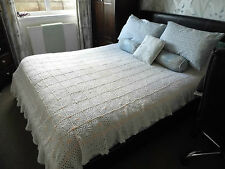 vintage knitted crochet bed throwover
