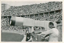 194. TV camera Operator Television OLYMPIC GAMES 1936 CARD
