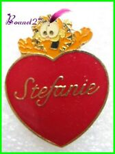Pin's Chat Garfield Avec coeur Rouge Stephanie  #1780
