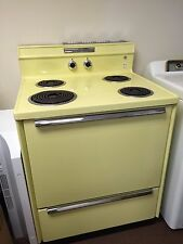 Retro Vintage GE General Electric Canary Yellow Electric Stove Oven Works Clean