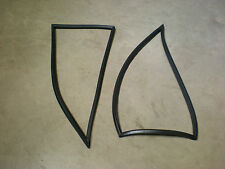 Triumph STAG ** HARDTOP 1/4 WINDOW RUBBER SEAL Pair ** New !