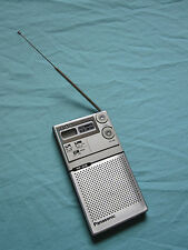 Panasonic RF 016 Mister Thin FM AM Portable Radio Silver