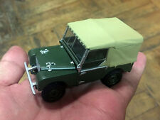 NEW - Vanguards 1:43 Land Rover CYJ 573 green - No box