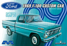 Moebius Model King 1969 Ford F-100 Custom Cab Shortbed Pickup Truck kit 1/25