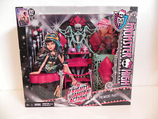 "Monster High Dolls ""Premier Party, Frights Camera Action!"" Playset"