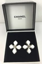Vintage CHANEL CC Logo White Gripoix Flower Clip Earrings Made In FRANCE 96P