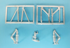 SAC 72099 Zvezda 1/72 Mil Mi-26 Heavy Lift Helicopter White Metal Landing Gear