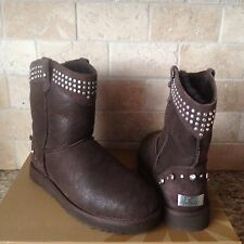 UGG Bowen Studded Swarovski Crystal Bling Chocolate Short Boots US 8 Womens