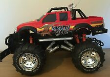 Mighty Bull Bigfoot MONSTER TRUCK Ricaricabile Radio telecomando auto 1:8 50cm