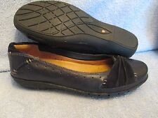 Womens Shoes CLARKS UNSTRUCTURED Size 7 M FLATS  LN