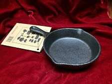 MINIATURE CAST IRON SKILLET OR SPOONREST NEW