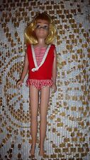 BARBIE DOLL  LITTLE SISTER SKIPPER  VINTAGE FROM 1970 ? RED BEACH OUTFEET