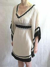 Metaphor Size 8 Cream and Black Stylish Party Dress by Nini Chang