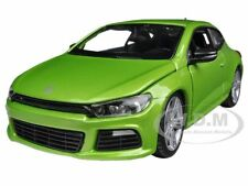 VOLKSWAGEN SCIROCCO R GREEN 1/24 DIECAST MODEL CAR BY BBURAGO 21060