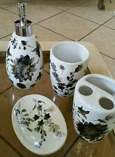 NWT 4 PC FLORAL LEAVES PORCELAIN  BATHROOM ACCESSORY SET IVORY BONE SILVER GRAY