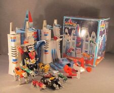 VOLTRON CASTLE OF LIONS 1984 Panosh Place with Box, Complete with lot of extras