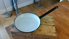 Vintage Black & Grey Enamel Shallow Frying Pan – Great Condition – Kitchenalia!