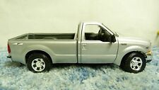 MAISTO SLVR 1999 FORD F350 SUPER DUTY V8 4X4 1:27 PLASTIC DIECAST MODEL CAR SH5D