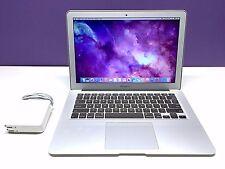 13 inch MacBook Air  Upgraded Core i7 2.0Ghz / 256GB SSD / 8GB MEM / Warranty!