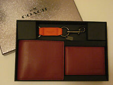 NWT - MENS LEATHER WALLET, COMPACT ID, KEY RING KEY FOB WITH GIFT BOX – F64118