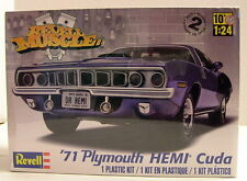 * '71 Plymouth HEMI Cuda / Model Kit / Revell FACTORY SEALED *