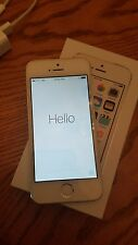 apple iphone 5s -16gb-white and silver-straight talk
