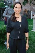 Lucy Liu Unsigned 8x12 Photo (21)