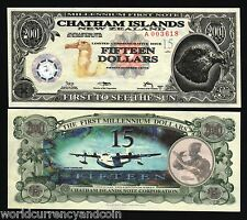 CHATHAM ISLANDS 15 DOLLARS 2001 TYVEK COM BIRD AIR PLANE POLYMER UNC ANIMAL NOTE