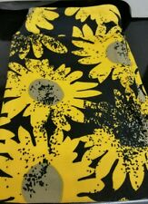 Beautiful LuLaRoe Kids L/XL Daisy Leggings! Yellow Daisies/ Black background.