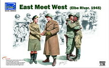 RV35014 1/35 RIICH  East meets west (Elbe 1945)