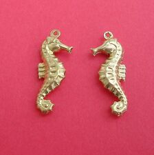 8-Seahorse Raw Brass Charm Pendant  Ornament  Jewelry Findings.