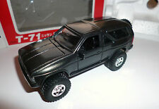 Nissan Terrano R3M Big Tire in schwarz black metallic, Yonezawa Diapet 1:40 box!