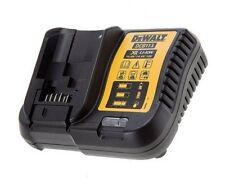 Dewalt DCB113 Dewalt XR 10.8-18V Li-ion Battery Charger