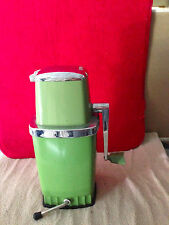 VINTAGE SEARS ICE CRUSHER AVOCADO GRINDER WORKING GREEN HAND CRANK FINE COARSE