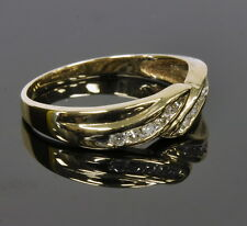 Ladies 10k Yellow Gold 1/3 Cttw Diamond Twist Unique Band Estate Ring