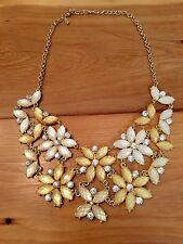 NWOT Emily and Ashley Cream and Gold Statement Necklace