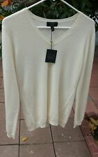 CHARTER CLUB Medium 100% 2-Ply Cashmere  V- Neck Sweater