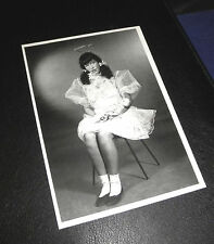 BETTIE PAGE Queen of Burlesque LOLITA SCHOOLGIRL Erotik Postcard Akt NUDE Pin Up