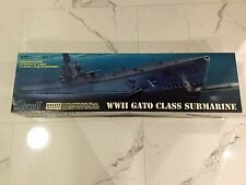 "REVELL 1/72 VINTAGE WW II U.S. GATO CLASS SUBMARINE 52"" LONG MODEL  85-0384 F/S"