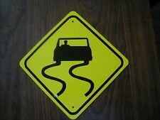 METAL MINI  SLIPPERY TRAFFIC SIGNS   MINIATURE SIGN