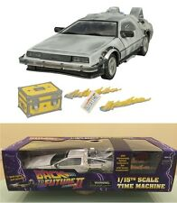 DIAMOND SELECT BACK TO THE FUTURE PART II ICED TIME MACHINE DELOREAN MODEL L.E.