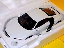 AUDI R8 R8 4.2 FSI V8 2007 WHITE  KYOSHO 09213W   1:18