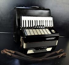 TOP GERMAN PIANO ACCORDION WELTMEISTER STELLA 60 bass,8sw.&CASE+BRAND NEW STRAPS
