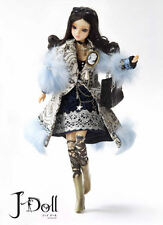 J-Doll Ave Malecon X-104 Jun Planning Fashion Doll Poseable BNIB