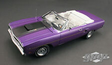 GMP 1970 Plymouth Road Runner Convertible Violet 1:18*New! SUPER AWESOME!
