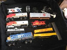 9 Assorted Vintage HO Scale Model Trains Sante Fe Other Various States Disrepair