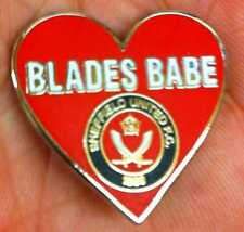 SHEFFIELD UNITED BLADES BABE RED HEART ENAMEL PIN BADGE