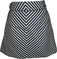 USED Ladies Karen Millen Black And White Patterned Skirt Size 12 (Y.M)