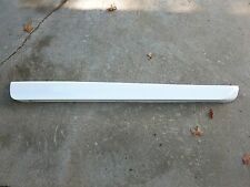 1997-2003 Grand Prix Lower Passenger RH Door Moulding Molding 2-Door Coupe White