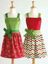 NWT DII  100% Cotton Adult size Green Red White Snowflake Bow Christmas APRON